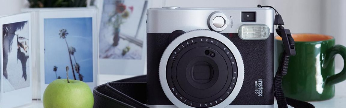 Instax Mini 90 Neo Classic manutention