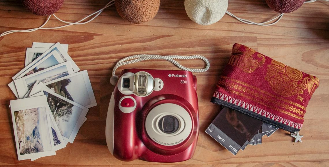 Polaroid PIC-300 image